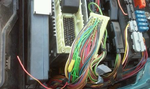 small resolution of e420 loosen ecm wire e420 1 jpg