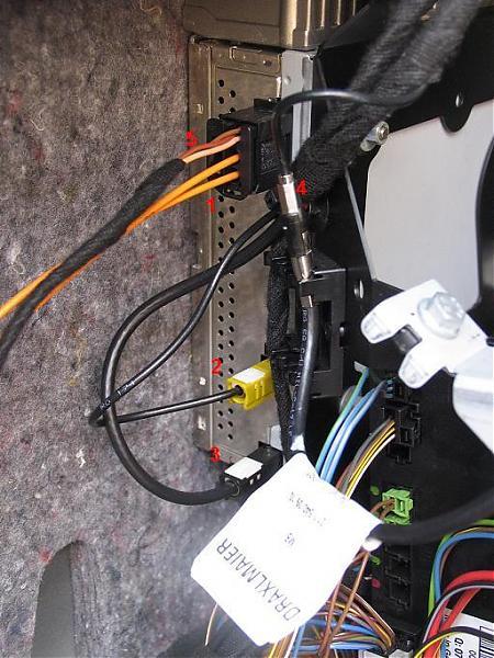 Car Audio Amplifier Wiring Diagrams Oem Navigation Retrofit W Pics Page 3 Mbworld Org Forums
