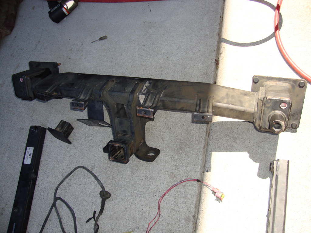 hight resolution of gl450 trailer hitch installation dsc02160 jpg