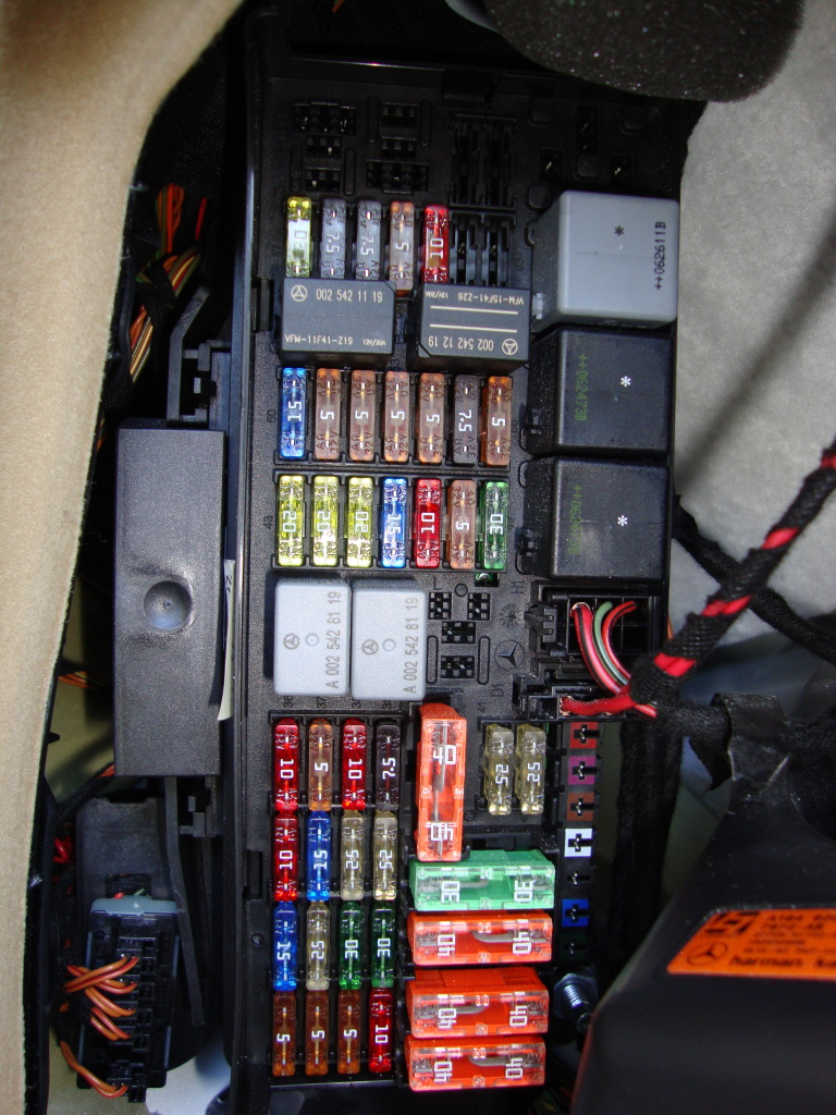 medium resolution of 2008 cl550 fuse box