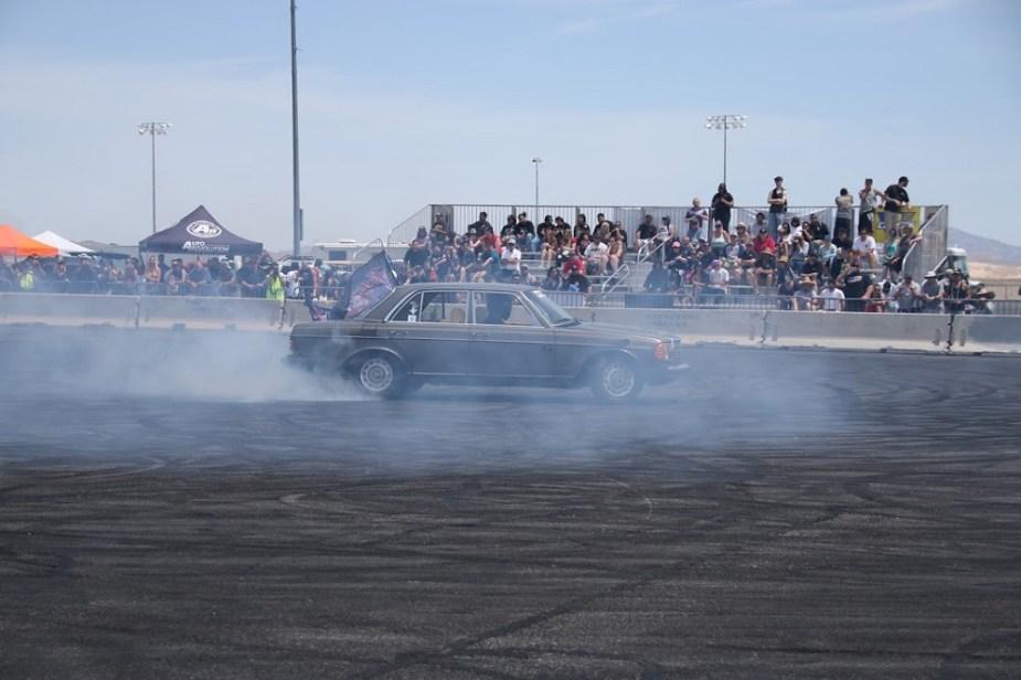"""Mercedes-Benz 240 D + LS Fest West + """"Cleetus & Cars"""""""
