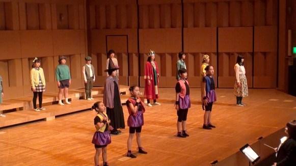 4-9 : 猿軍の踊り