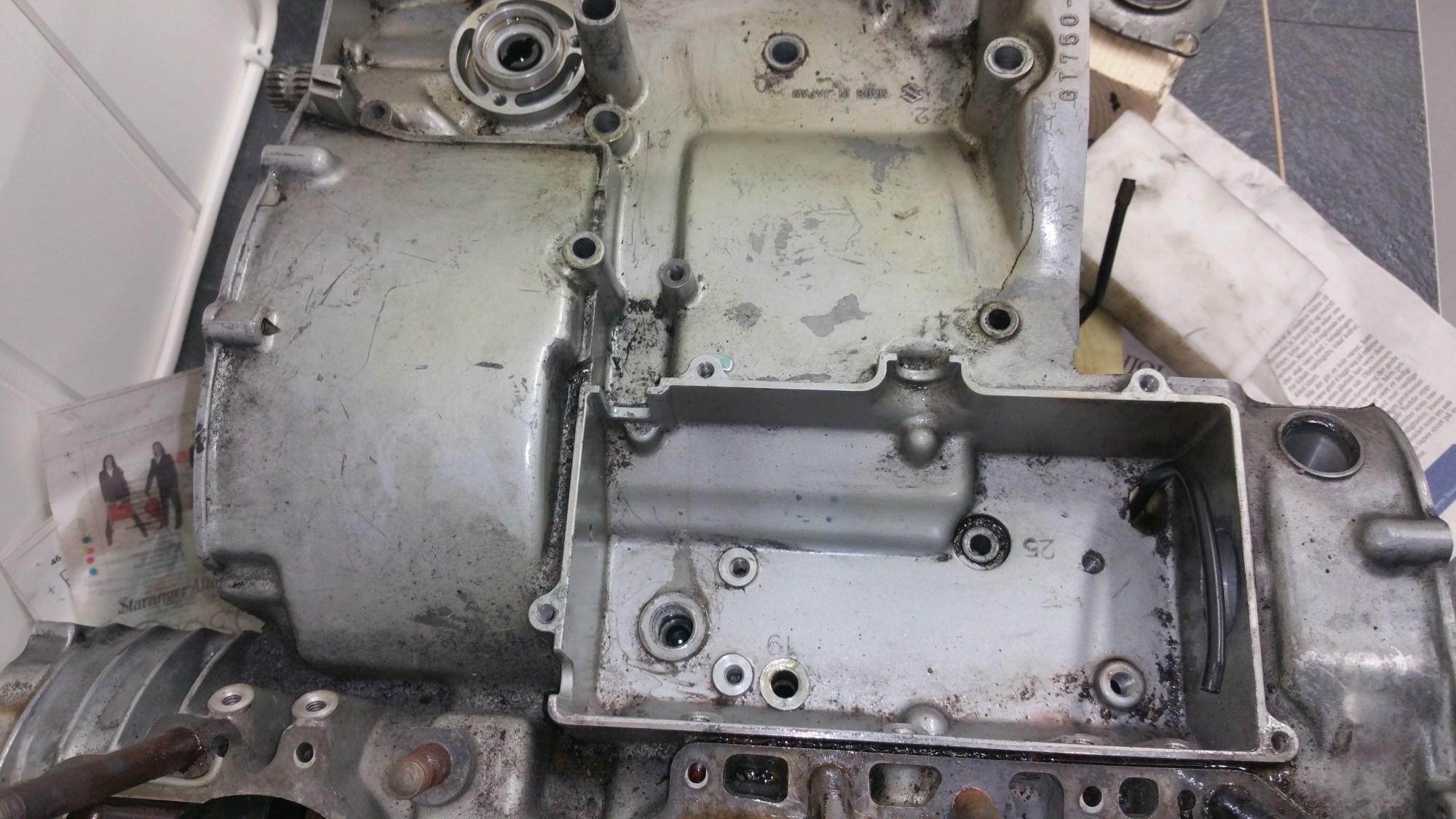 hight resolution of splitting the crankcase man cave mc 1974 suzuki gt380 wiring diagram suzuki gt750