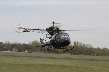 Westland Scout AH Mk. 1 & Agusta-Bell Sioux AH Mk. 1