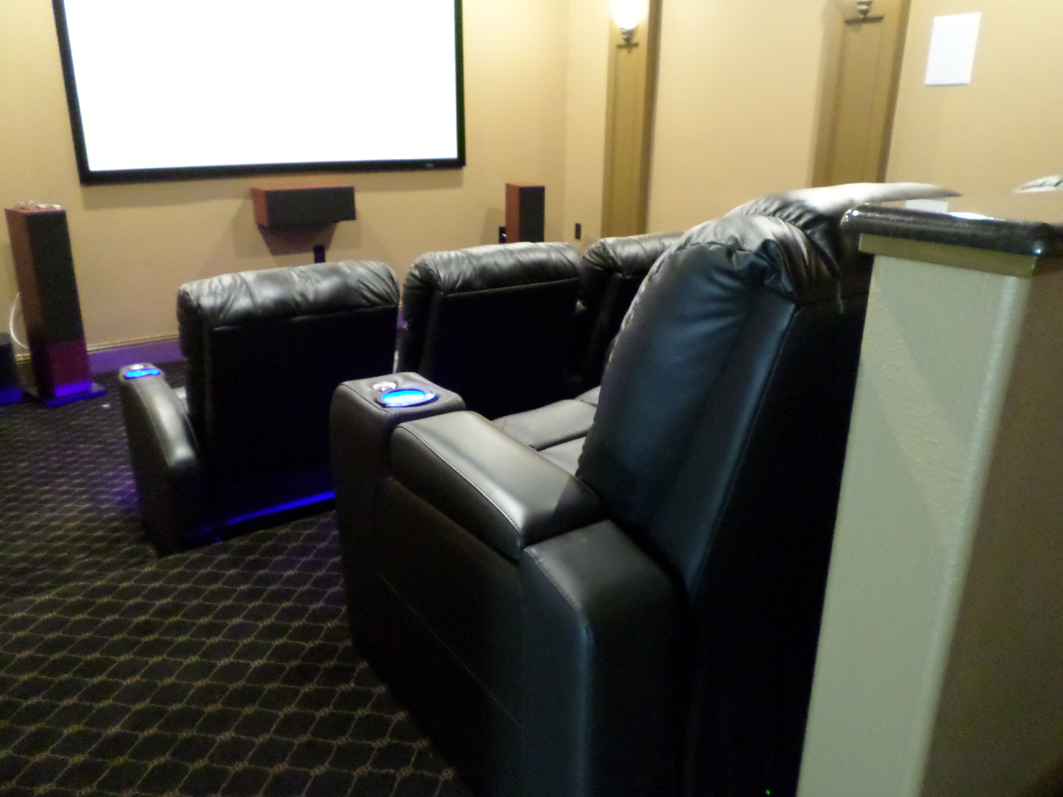 Media Room Chairs Home Theater Seats Mccabe S Theater And Living Page 2