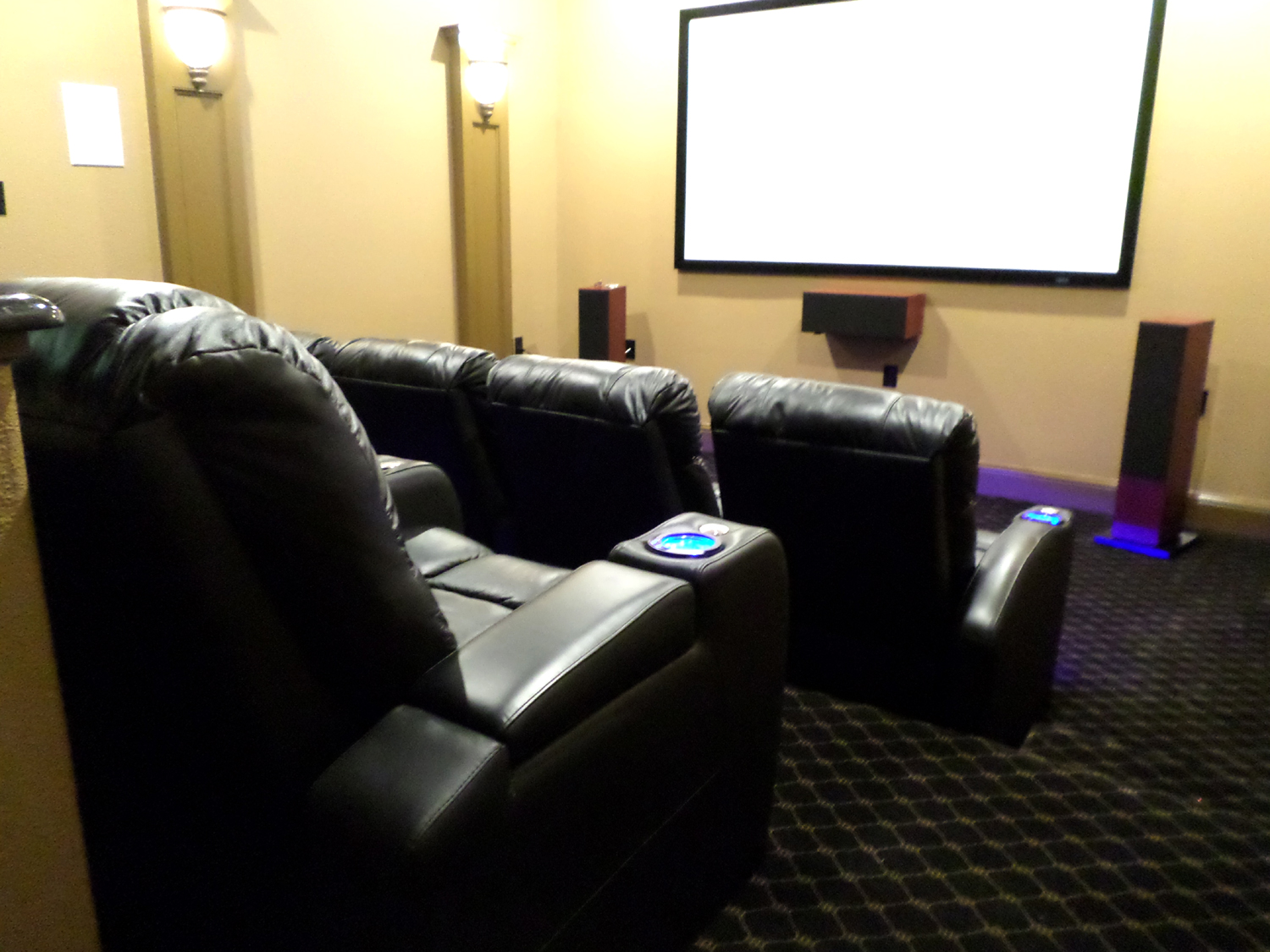 Media Room Chairs Custom Theater Seating Options Mccabe S Theater And Living