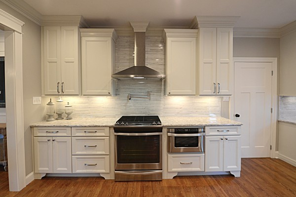 McMahan all white kitchen with under cabinet lighting