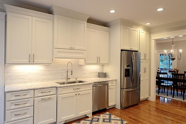 McMahan Kitchen Cabinet Lighting
