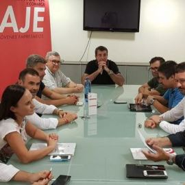 Isabel García defiende la conveniencia de llevar a cabo un plan de impulso al comercio de proximidad ante la improvisación del PSOE