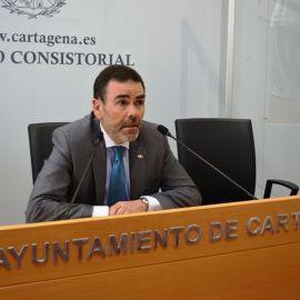 José López muestra su satisfacción ante el concluyente informe acerca de su compatibilidad
