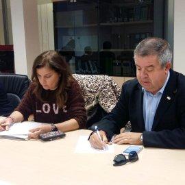 La alcaldesa reconoce que no sabe lo que ha firmado en el Plan Rambla