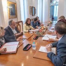 Los cartageneros, una vez más, condenados a pagar; el Ayuntamiento deberá indemnizar a un licitador de chiringuito por la incapacidad socialista