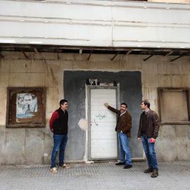 MC Cartagena lamenta que los verdugos del Cine Central, PP y PSOE, aprovechen una concentración vecinal para hacer campaña electoral