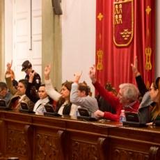 Castejón y Arroyo 'impiden' a la oposición ejercer su labor al no convocar el Pleno en los tiempos reglamentarios