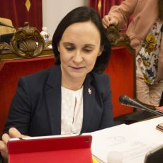 Las luchas internas de 'La Trinca' impiden cuadrar el presupuesto nueve meses después
