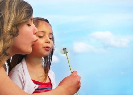 6361218224241825061966257816_Woman-Child-Dandelion4