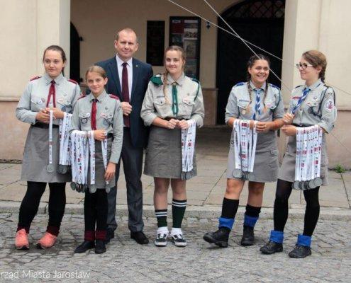 Medale sportowe wyprodukowane przez MCC MEDALE zawisły na szyjach uczestników Jarosławskiego Święta Biegowego