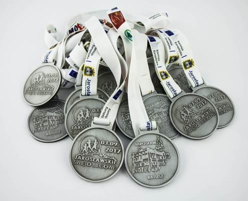 Medale sportowe dla Jarosławskiego Święta Sportowego