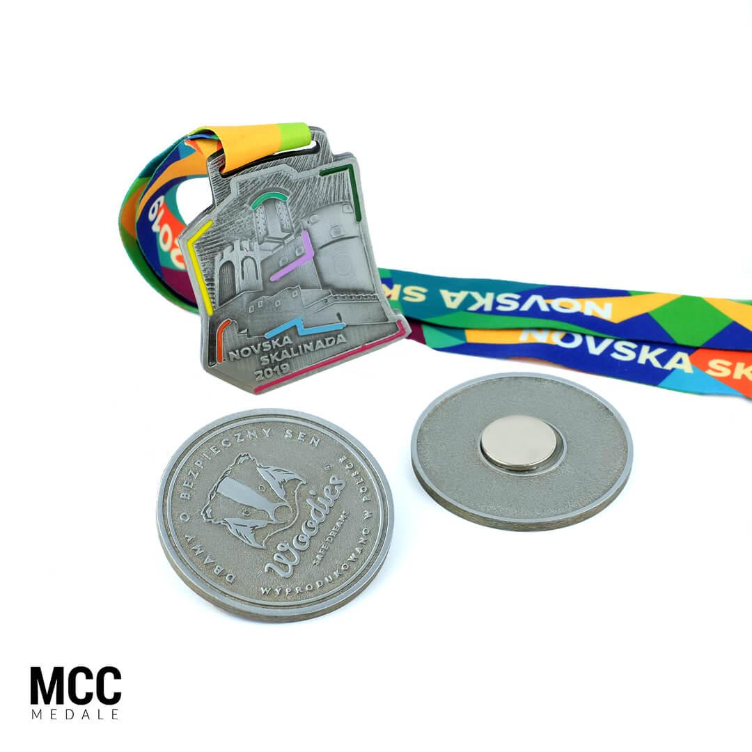 Medale z magnesami