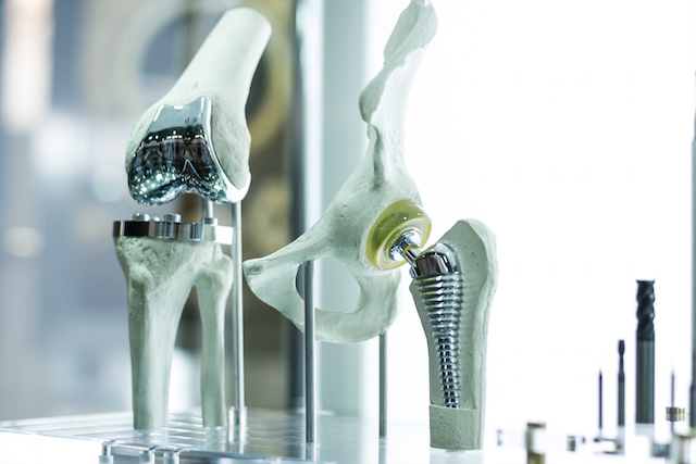 J&J Hit With $1 Billion in Punitive Damages in Hip Replacement Case