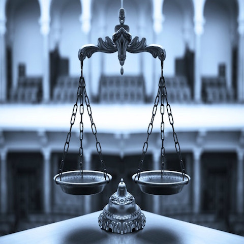 What Should I Look For When Hiring a Personal Injury Attorney?