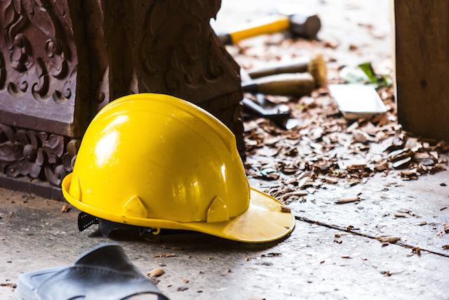 Can an Independent Contractor Sue for a Workplace Injury in CA?