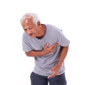 older man experiencing difficulty breathing