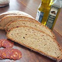 Premium Bread: Conheça a receita do Mischbrot,  um típico pão alemão.