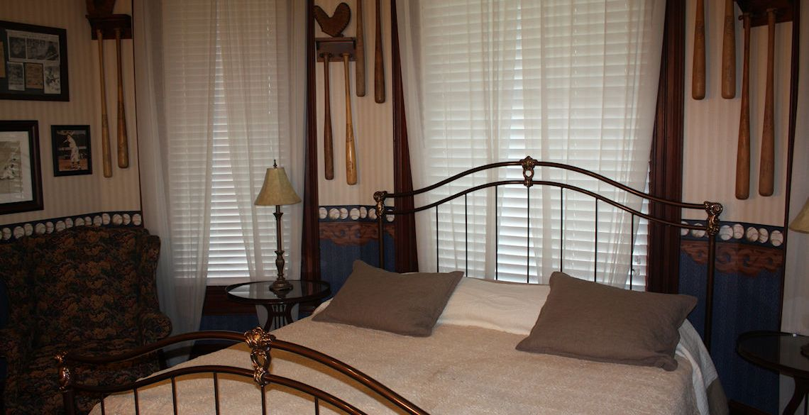 Gentleman's Quarters at McFarlin House Bed and Breakfast - Quincy, FL