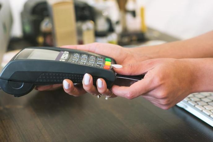 card-reader-payment_925x