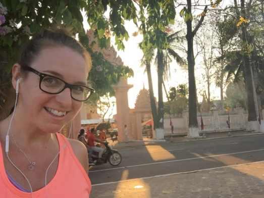 Course à Kratié au Cambodge au levé du soleil