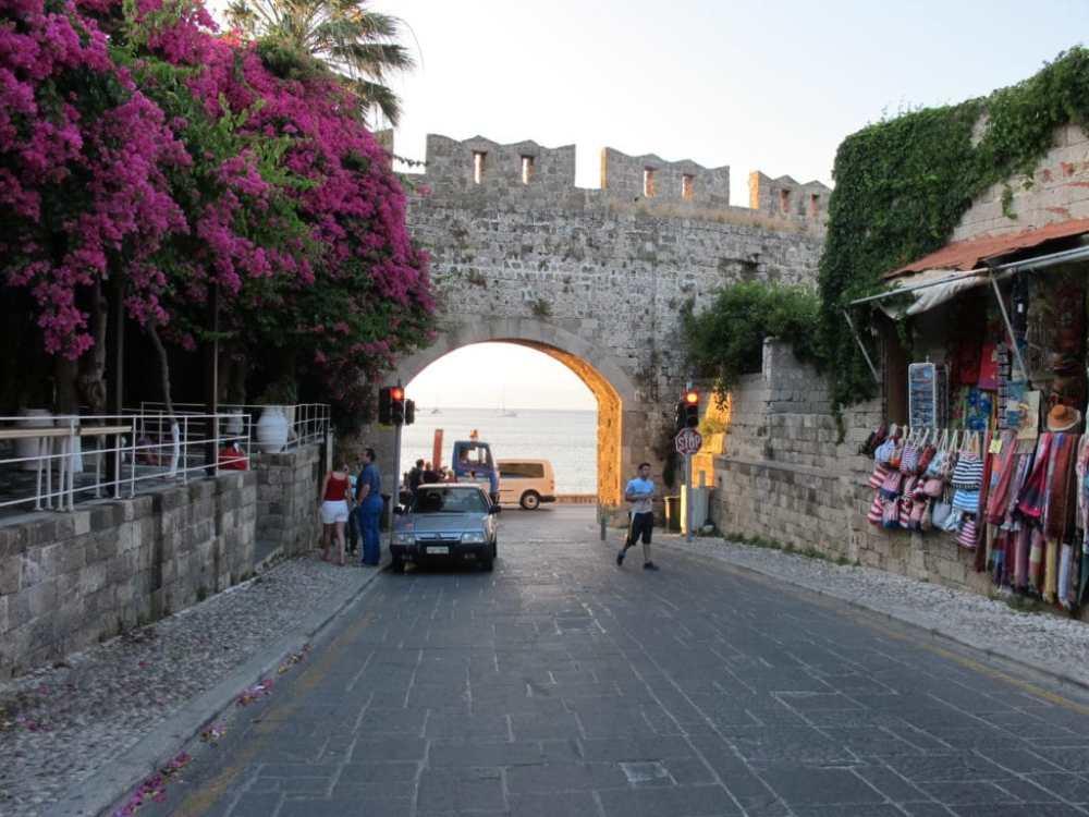 Les portes de la vieille ville de Rhodes