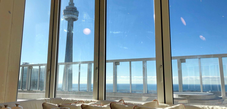 Vue du 44ième étage du Basha hotel à Toronto dans le restaurant KOST
