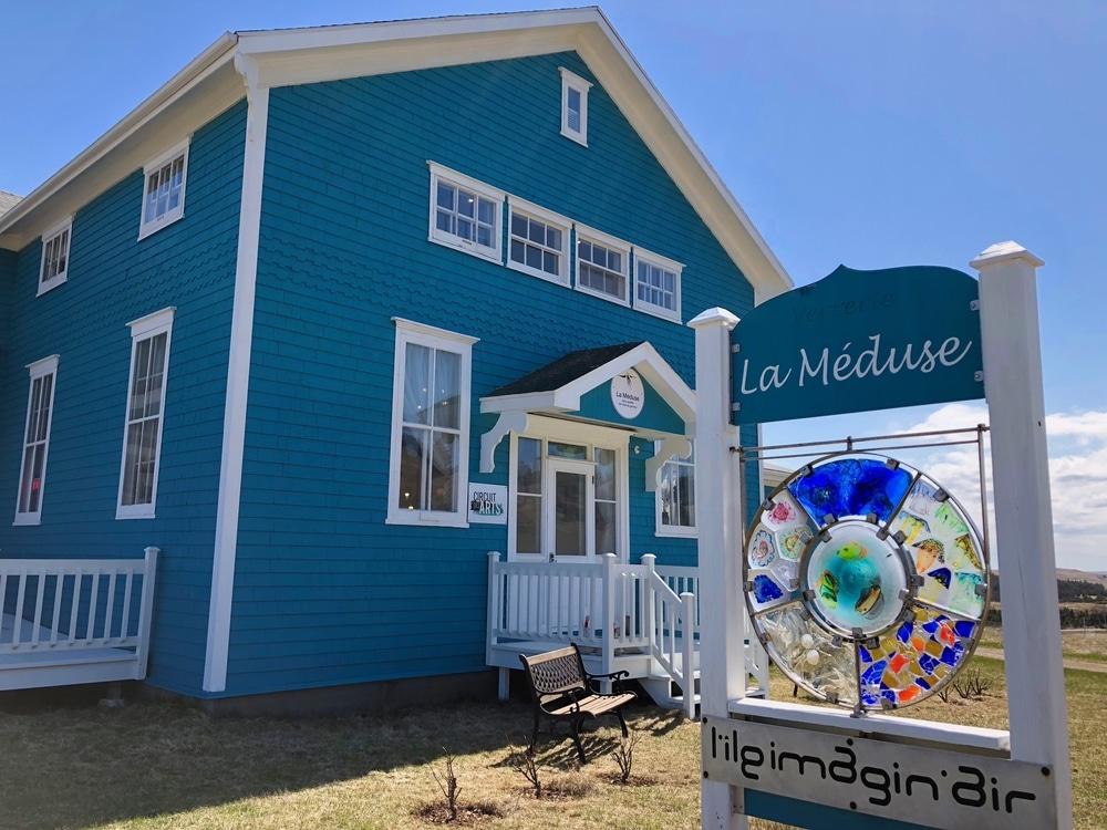 Devanture de l'atelier La Méduse, verre soufflé aux îles e la Madeleine