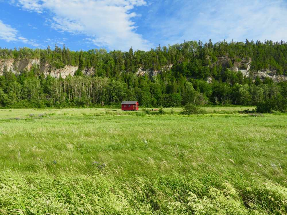 Domaine Floravie près du parc national du Bic dans le Bas-St-Laurent a de petits chalets sur roue éco énergétique