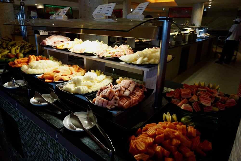 Buffet de fruits au tout-inclus Pullman Cayo Coco, Cuba