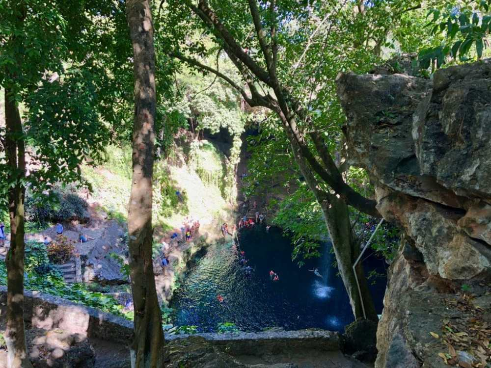 Le Cenote Zaci au centre de Valladolid Mexique