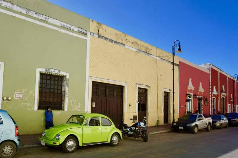 Rue coloree coccinelle Valladolid Mexique
