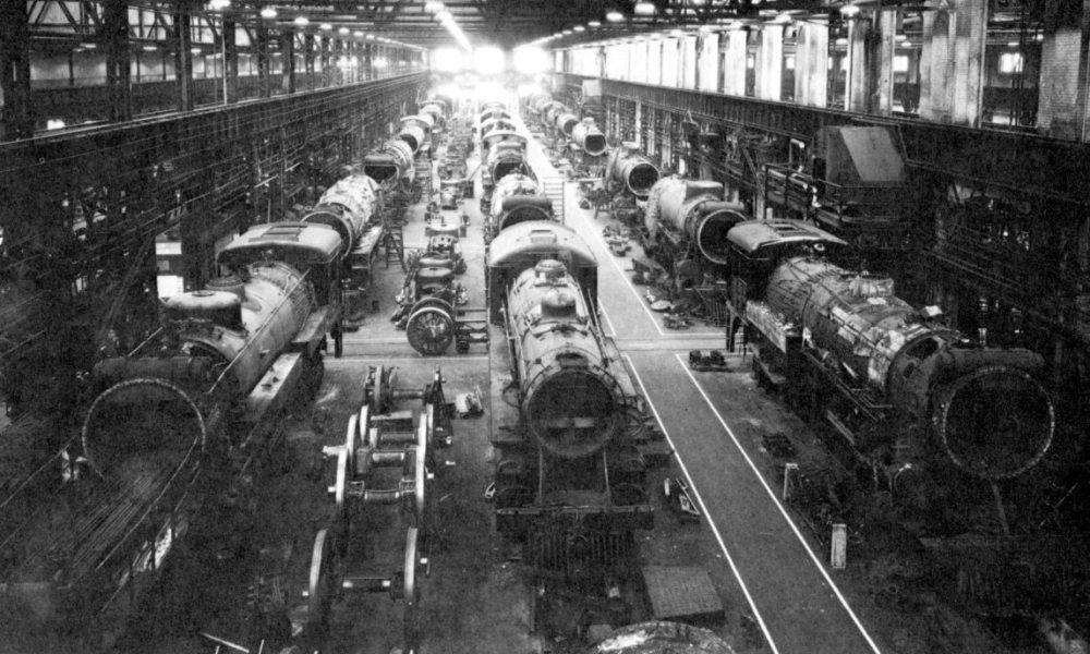 Locomotives dans les Shops Angus de Montréal