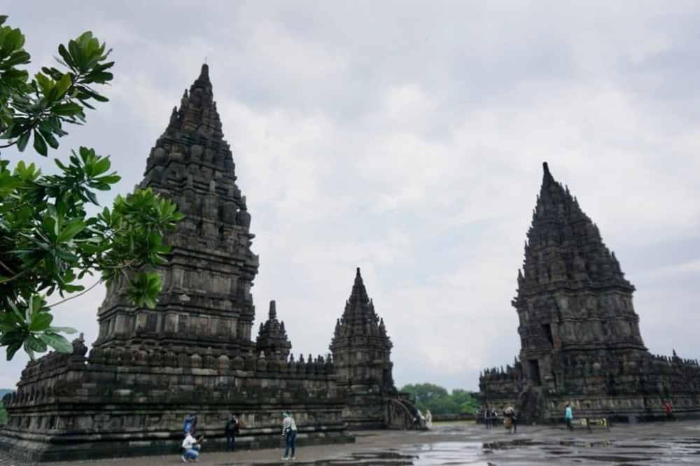 Les différents temples de Prambanan près de Jogja, Java Indonésie