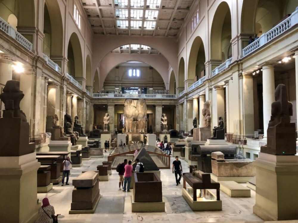 Rez-de-chaussé au Musée Égyptien du Caire