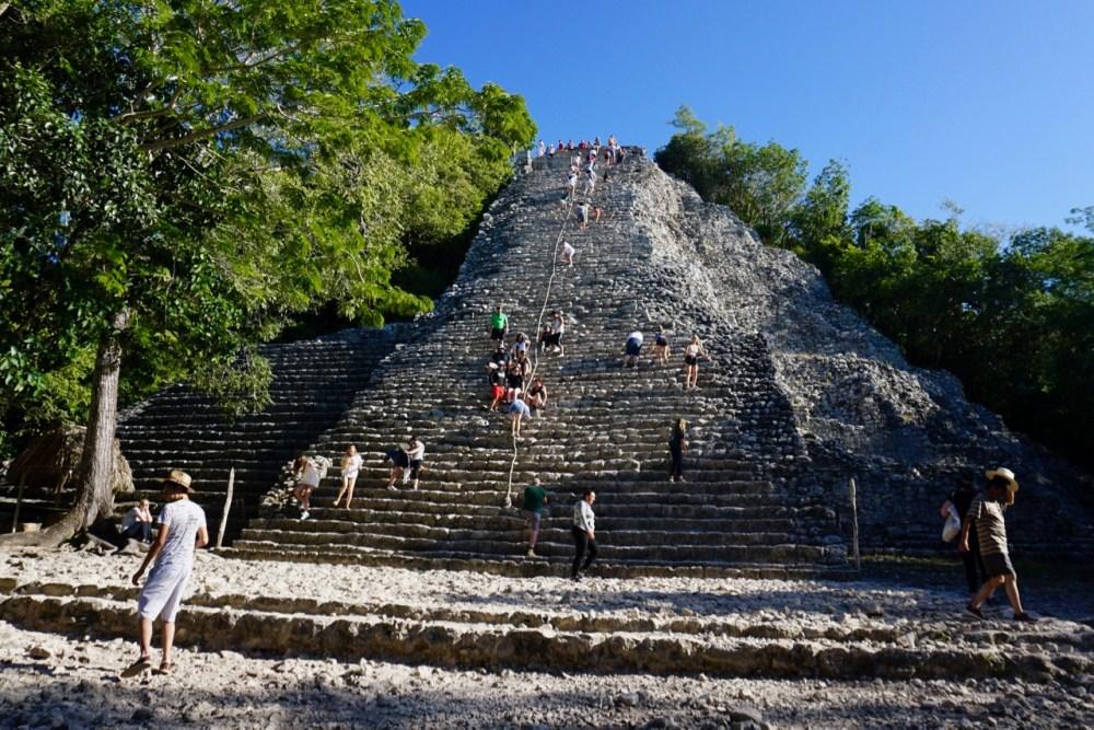 Temple pyramide ruines Coba Mexique Riviera Maya