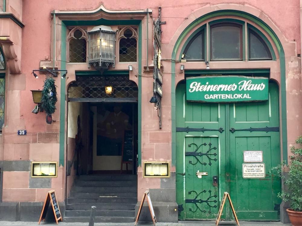 Façade de boutique à Francfort Allemagne