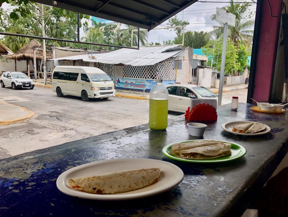 Quesadillas dans la Colonia Puerto Morelos