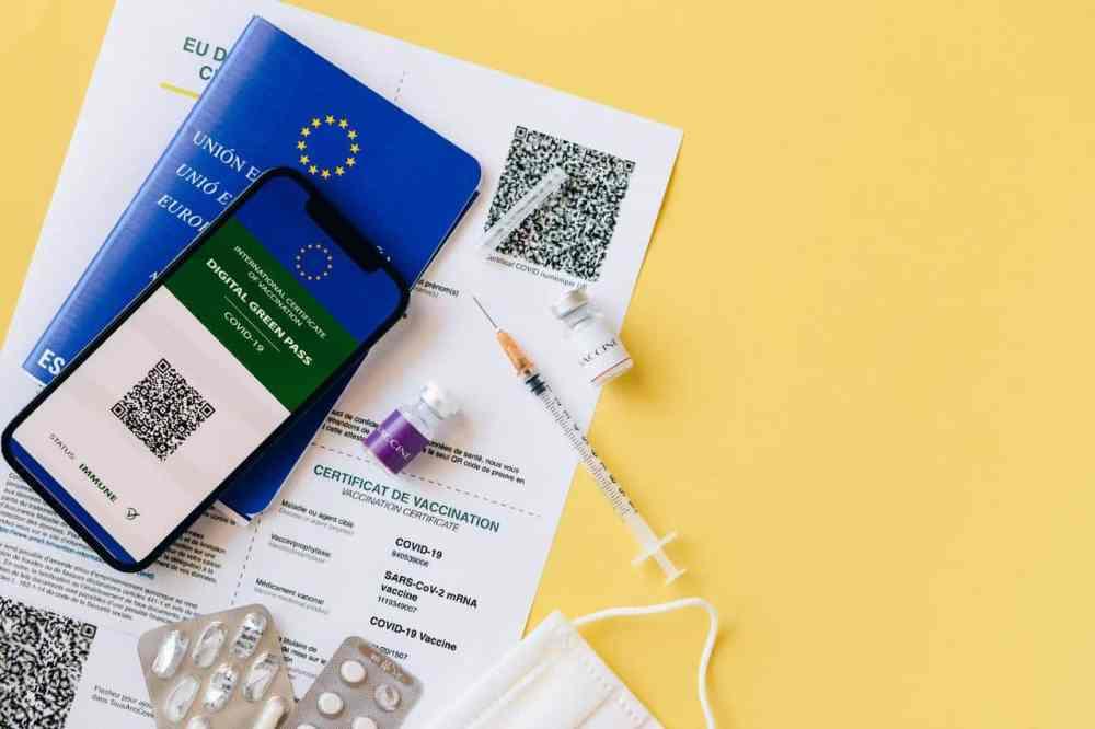 La passe sanitaire - passeport vaccinal - nécessaire aux voyages dans le monde