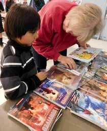 Schurz Elementary School hosts literacy night
