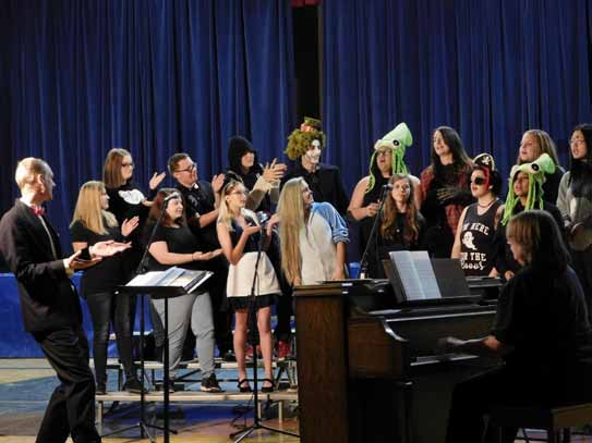 Music Students Perform Fall Concert