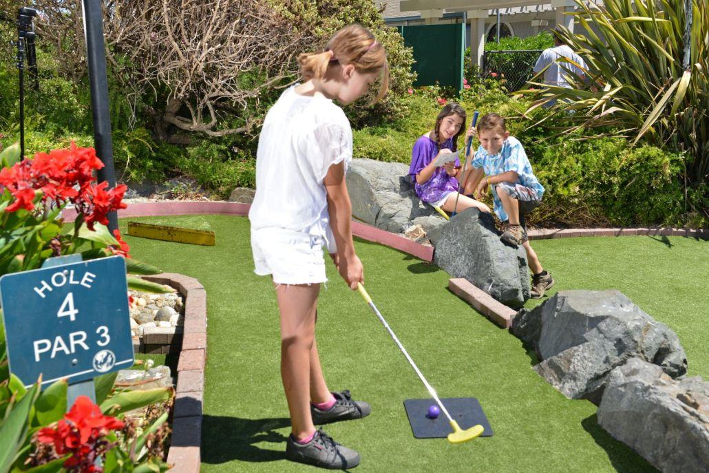 Miniature Golf - Marin County Golf