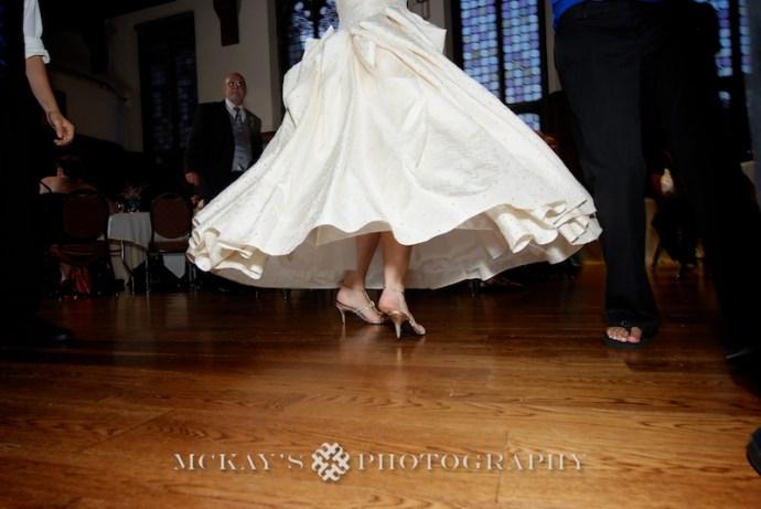 Vintage Wedding Dress and Memorial Art Gallery wedding pictures