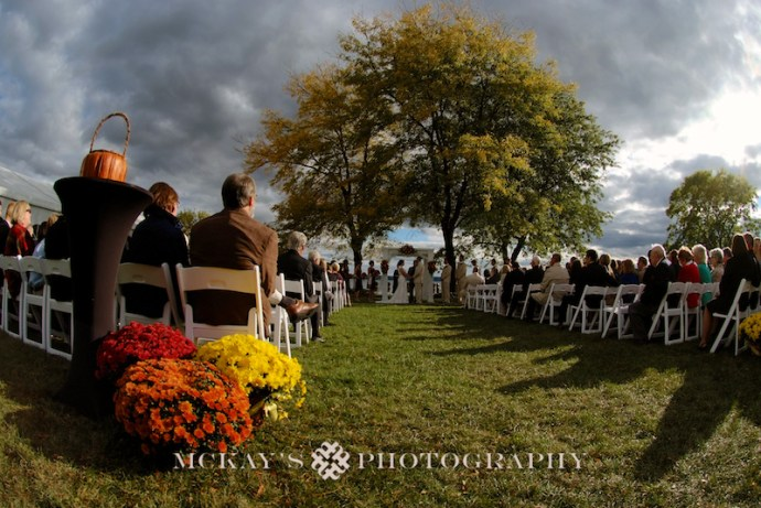Finger Lakes wedding photos at Canandaigua Inn on the Lake by McKay's Photography